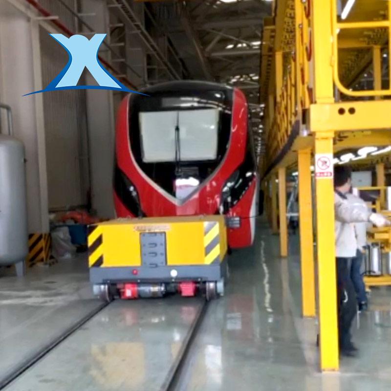 轨道牵引车、火车牵引机,公铁两用车,牵引车厢